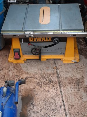 Benchtop table saw for Sale in Bakersfield, CA