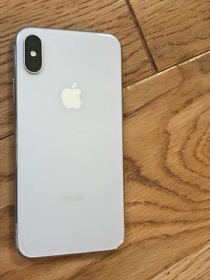 iPhone X unlocked 256gb silver for Sale in Gainesville, VA