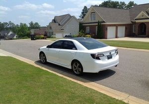 Nothing/Wrong 2012 Toyota Camry SEL FWDWheelsss for Sale in Little Rock, AR
