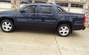 cars & trucks Price Reduced$!15OO Chevrolet Avalanche 4WDWheelss very clean for Sale in Peoria, AZ