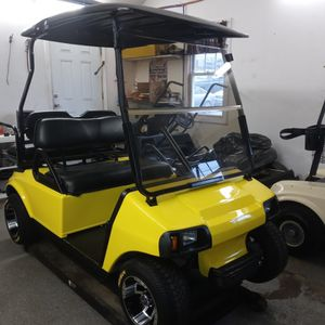 2006 Club Car Gas Golf Cart 100% Evrything New Solar Yellow Paint for Sale in Ansonia, CT