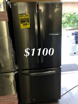 LG French 3 Door Black Stainless Steel Refrigerator for Sale in Los Angeles, CA