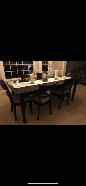 Crate and Barrel dining room table and chairs set for Sale in Fairfax Station, VA