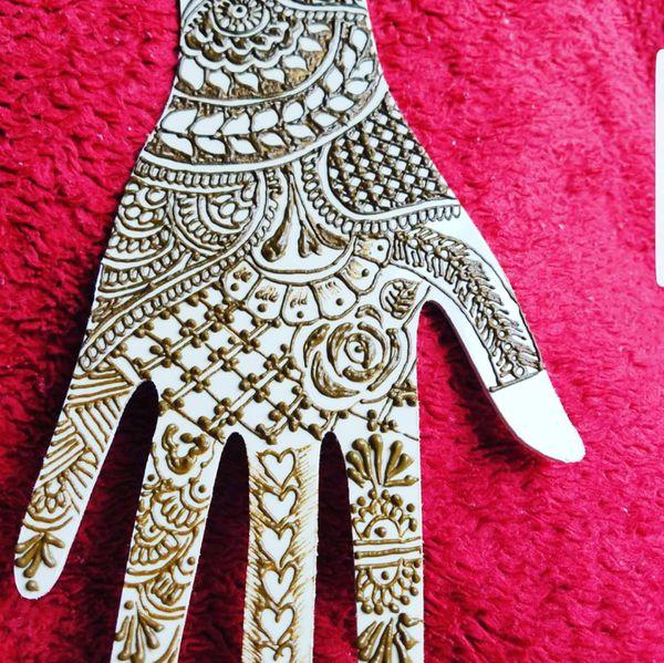 Temporary tattoo henna mehndi