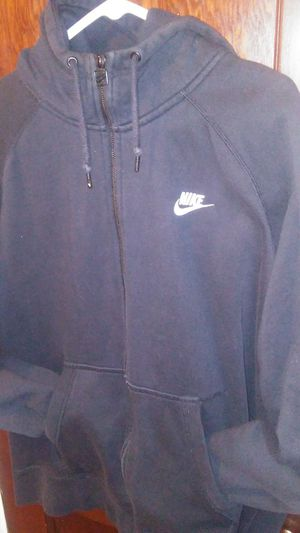 NIKE JACKET W/HOOD (SIZE: XXL) FOR $40 for Sale in St. Louis, MO