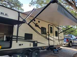 Palomino Solaire Travel Trailer for Sale in Mansfield, TX
