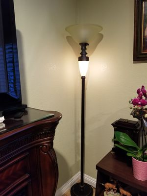 Floor Lamp for Sale in Rosemead, CA