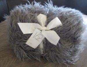Grey Faux Fur Throw Blanket for Sale in Trinity, NC