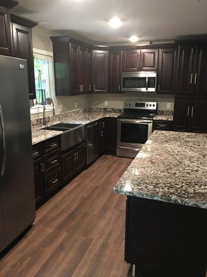 Brand New Espresso Raised Panel Kitchen Cabinets for Sale in St. Louis, MO