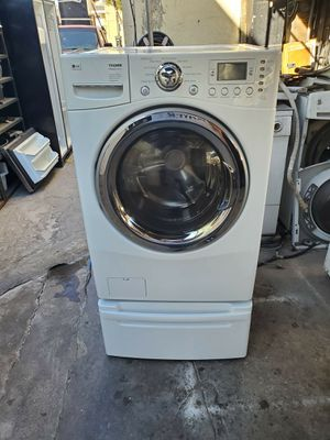 LG Tromm Washer for Sale in Los Angeles, CA