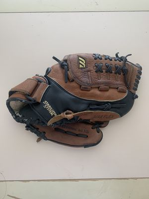 Baseball Glove for Sale in Austin, TX
