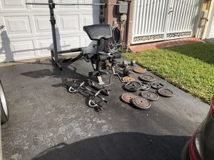 bench weightset dumbells free weights bar great shape for Sale in Miami, FL
