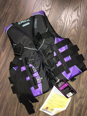 NWT DBX Vector Series Life Jacket X-Small for Sale in Brandon, FL