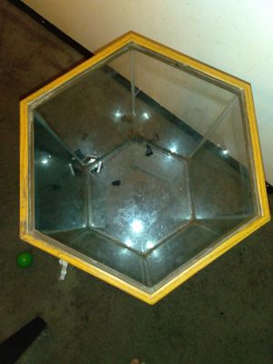 Fish tank for Sale in Halethorpe, MD