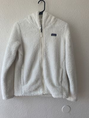 Patagonia kids Los Gatos white jacket 2XL for Sale in San Diego, CA