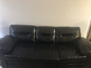 Sofa set/bedroom set everything must go price neg. for Sale in Riverview, FL