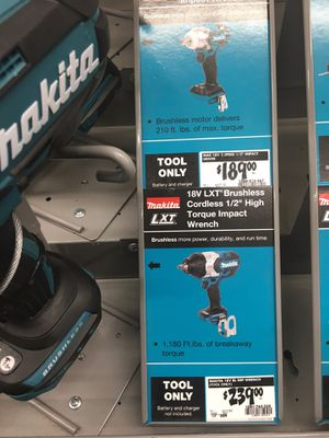 """Makita 18V LXT Brushless cordless 1/2 inch high torque impact wrench """"TOOL ONLY"""" Barely used asking $75.00 or best offer for Sale in Spokane Valley, WA"""