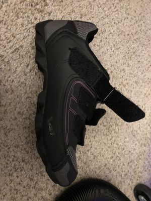 Pearl Izumi women's cycle shoes size 38 - YOU HAUL for Sale in Renton, WA