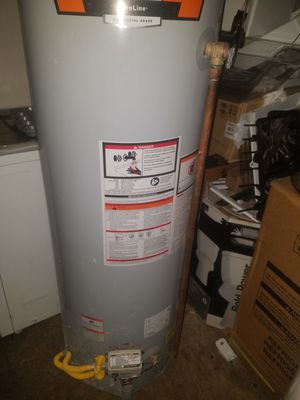 Water heater for Sale in Temple Hills, MD