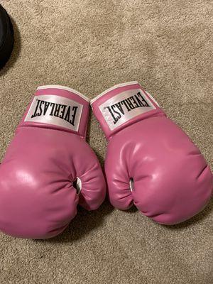 Everlast boxing gloves for Sale in Covina, CA
