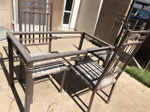 Dining table and 3 chairs for Sale in Mesa, AZ