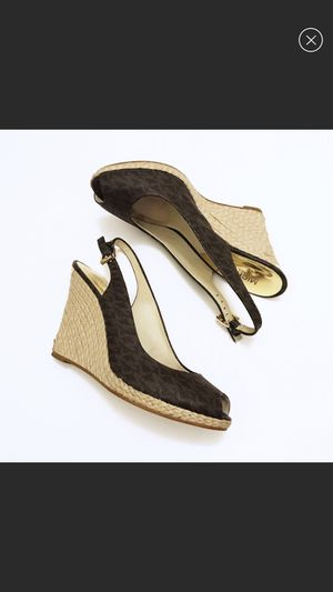 Michael kors shoes 8-8.5 for Sale in Brick Township, NJ