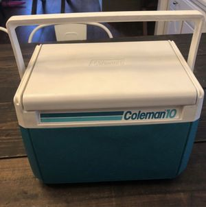 Coleman 10 Retro cooler with cup holders for Sale in San Jose, CA
