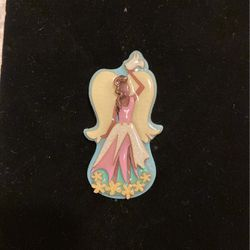 Lucinda Brooch- Pin- Collectible- Nice Quality - #artssoflo for Sale in Miami,  FL