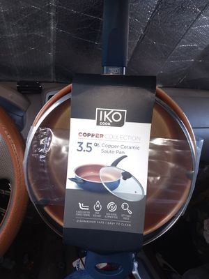 IKO 3.5 qt. Copper ceramic saute pan for Sale in Huntington Beach, CA