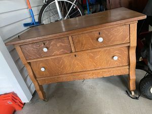 Antique Dresser for Sale in Kolin, LA