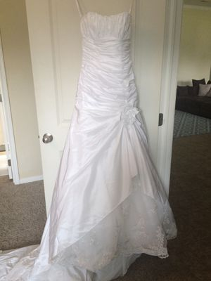 Wedding dress for Sale in Killeen, TX