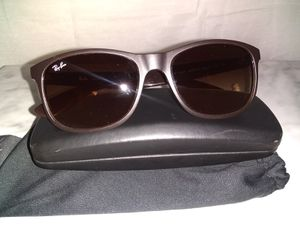 Ray ban sunglasses for Sale in Chandler, AZ