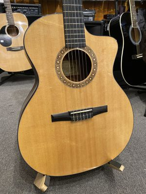 Taylor Classical Guitar for Sale in Ramona, CA