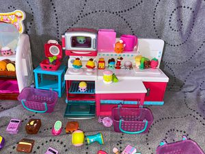 Shopkins Bakery and Kitchen. New didn't use for Sale in Brentwood, CA