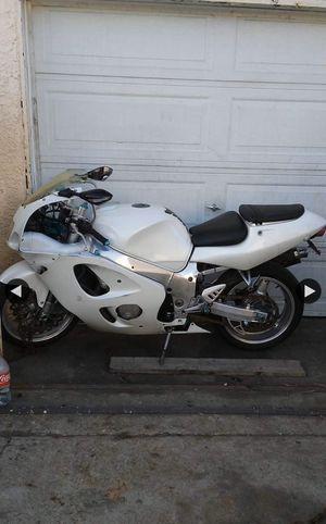 Suzuki motorcycle for Sale in Carson, CA