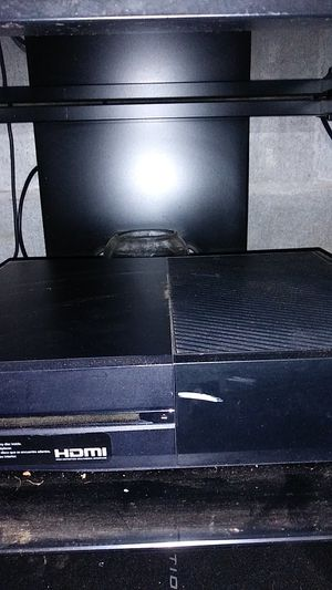 Original Xbox One everything included for Sale in Stockbridge, GA