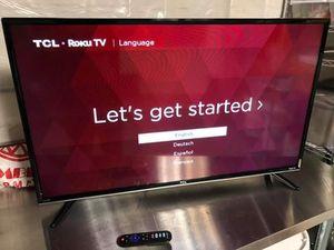 TCL 32 inch roku smart tv for Sale in Detroit, MI