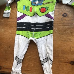 Woody toy story buzz light year outfit 9-12 month with bandana bib disfraz o ropa de bebe woody for Sale in Marina del Rey, CA