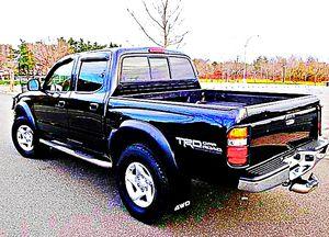 ֆ14OO 4WD Toyota Tacoma 4WD for Sale in Annandale, VA
