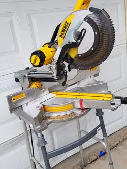 """DEWALT 12"""" Miter Saw Like new CONDITIONS One Small Job Done for Sale in Las Vegas,  NV"""