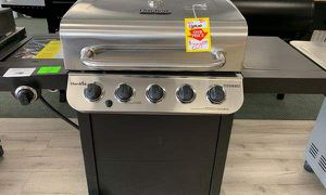 Brand New Char-Broil Propane BBQ Grill 3VSZ9 for Sale in Fort Worth, TX