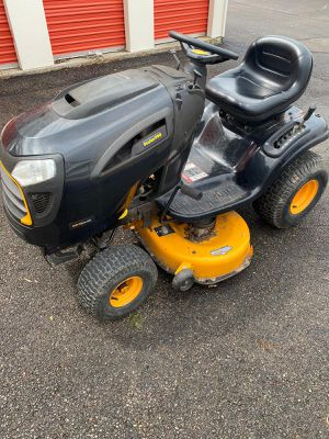 POULAN PRO RIDING LAWN MOWER for Sale in CANAL WNCHSTR, OH