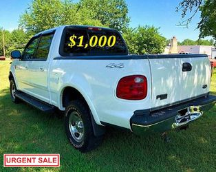 🟢💲1,OOO I m selling URGENTLY this Beautiful💚2OO2 Ford F15O nice Family truck XLT Super Crew Cab 4-Door Runs and drives very smoothly💪🟢 for Sale in New York,  NY