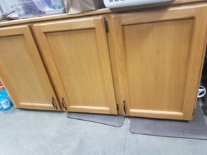 Kitchen upper oak cabinets for Sale in Tigard, OR