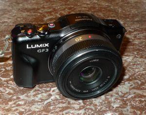 Panasonic Lumix GF3 12.1M Mirrorless Camera 20mm f1.7 Lens 16GB Memory for Sale in Jersey City, NJ