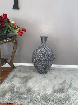 flower vase for Sale in Avondale, AZ