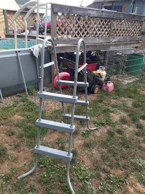 Pool ladder for Sale in Elyria, OH
