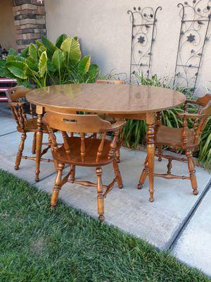 "VINTAGE ""ETHAN ALLEN"" 5PC. HEIRLOOM MATES FARMHOUSE DINETTE SET W/ EXTENTION LEAF (42"" ROUND TBL W/ 10"" EXT LEAF) for Sale in Corona, CA"