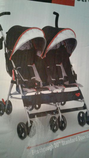 Double stroller with canopy for Sale in Montclair, CA