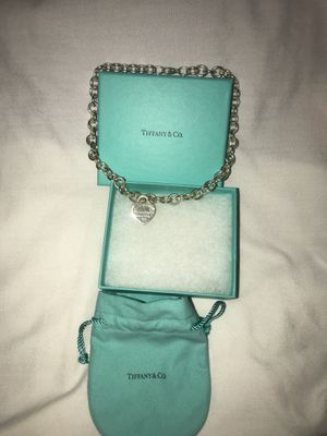 Tiffany necklace *authentic* $400 for Sale in South Euclid, OH